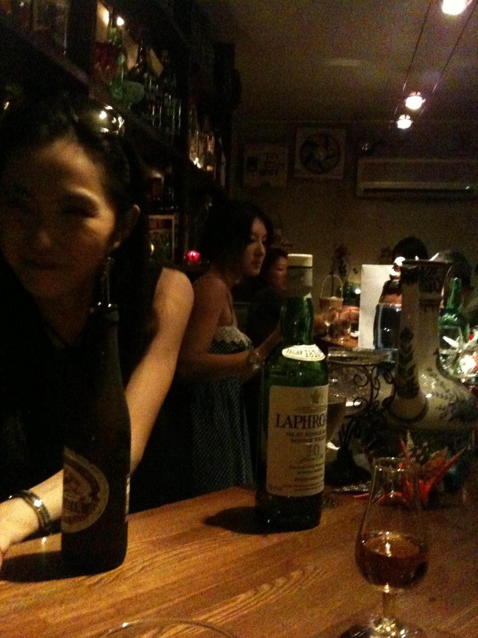 bar in golden gai shinjuku tokyo